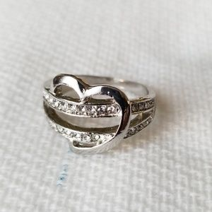 Jewelry - Silver heart ring.